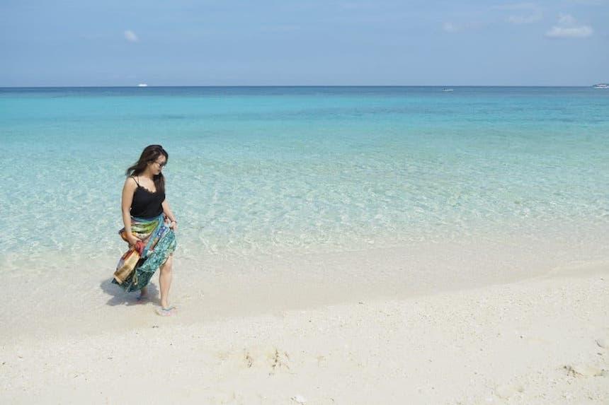 CLASSY.ONLINEによる「絶景の島」ランキングでボラカイ島が第1位にランクイン
