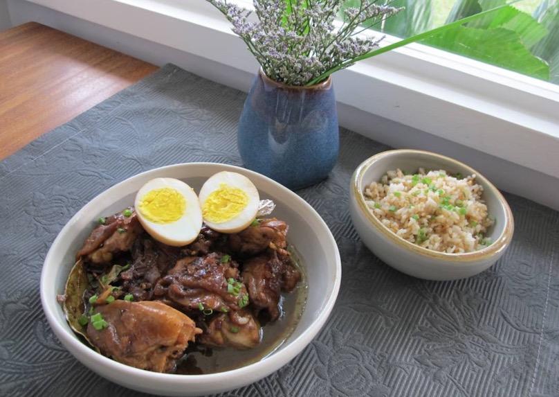 ESSE onlineがフィリピンの家庭料理「アドボ」のレシピを掲載